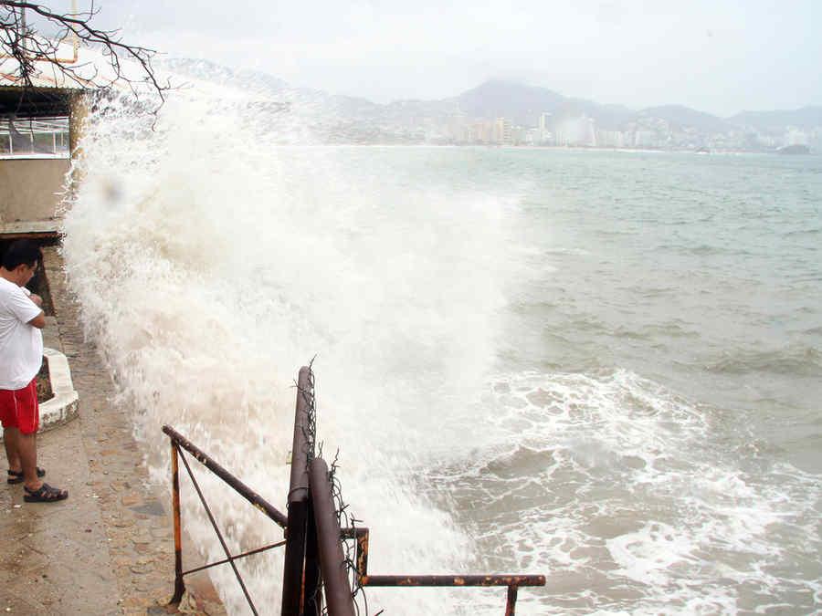 carlos_acapulco.jpg