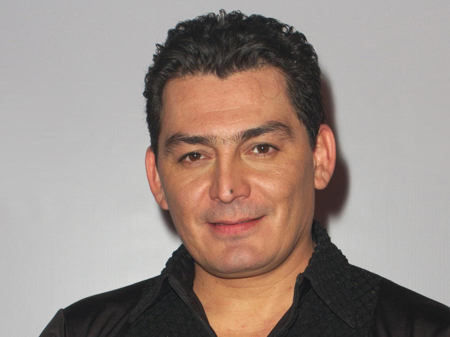 José Manuel Figueroa aseguró que está enamorado de su pareja pero quiere a Ninel Conde