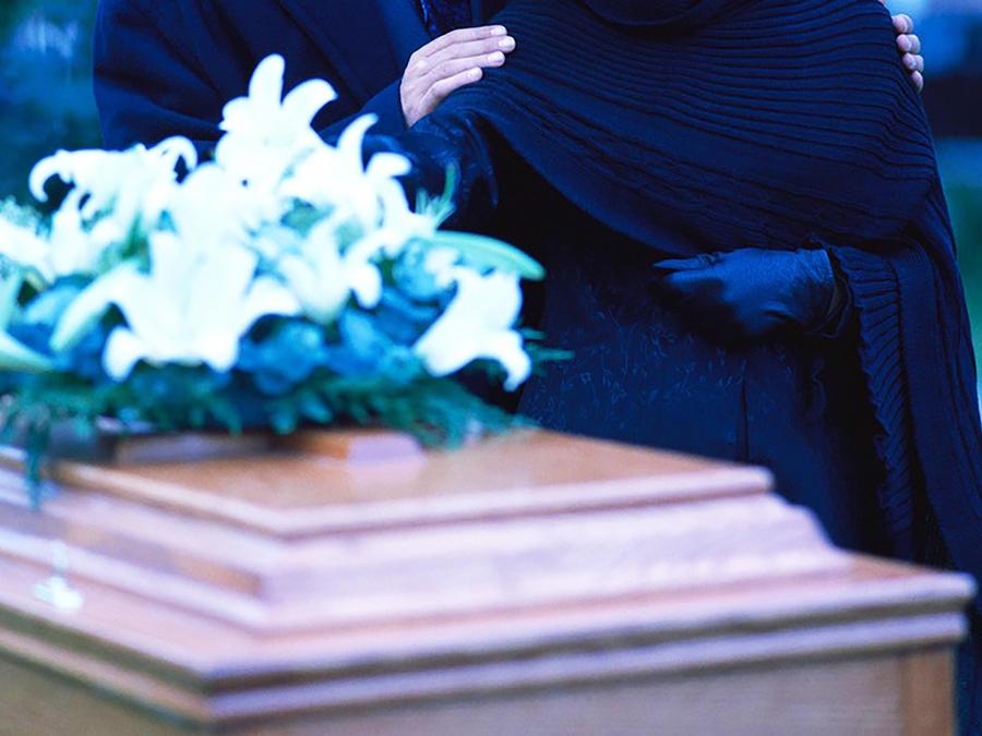 funeral y feretro