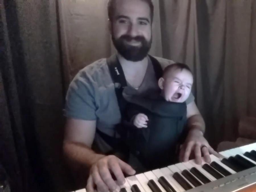 Bearded piano y su bebé