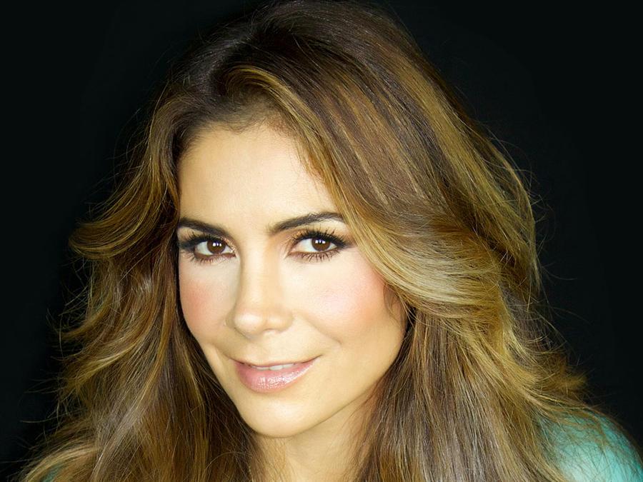 Patricia Manterola es conductora de La Voz Kids