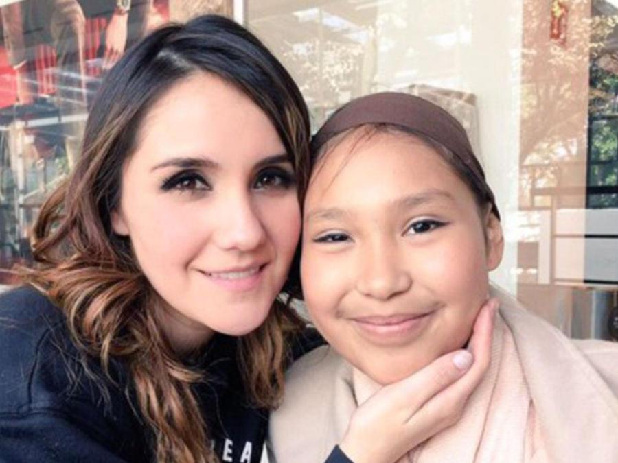 Dulce María con su fan