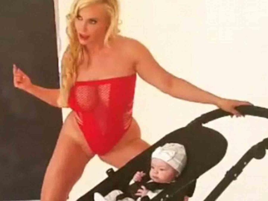 Coco Austin twerking con su bebé