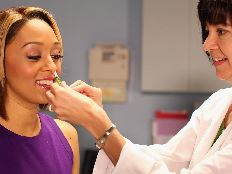 """Tia Mowry's """"I Insist!"""" Video Shoot And Premiere"""