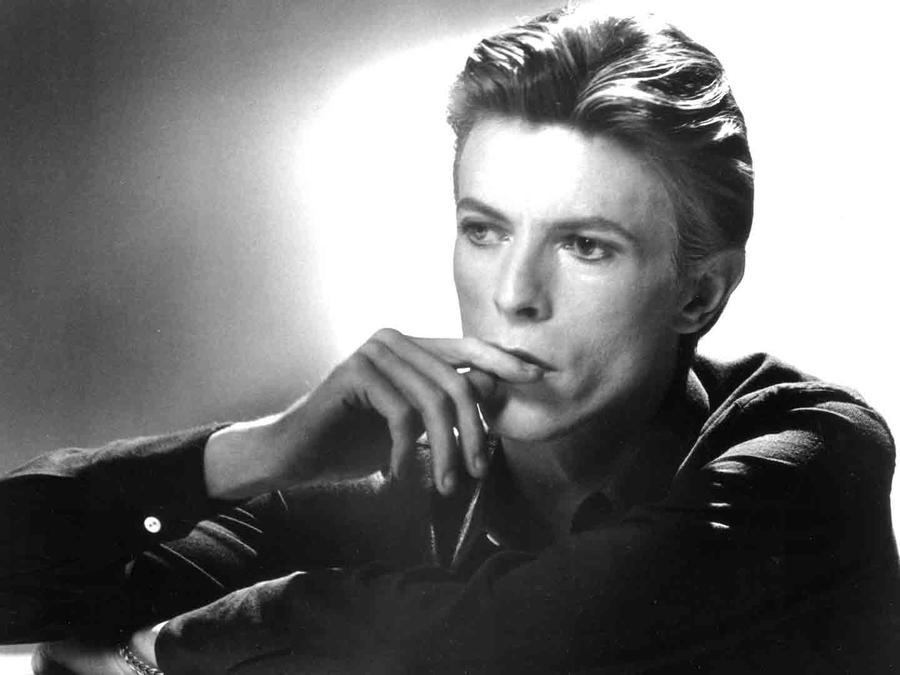 Berlín devela placa en honor a Bowie
