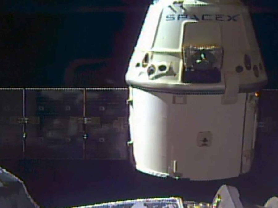 nave dragon estacion espacial