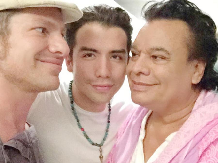 Guillermo Rosas, fiancee Julio Reyes and Juan Gabriel.