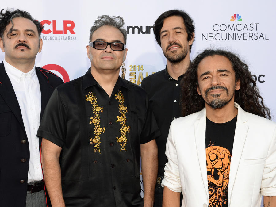 Cafe Tacvba en los ALMA Awards 2014 en Pasadena Civic Auditorium