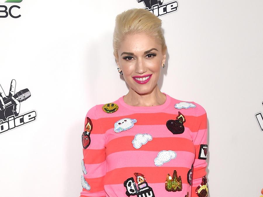 Gwen Stefani en el evento de alfombra roja de The Voice