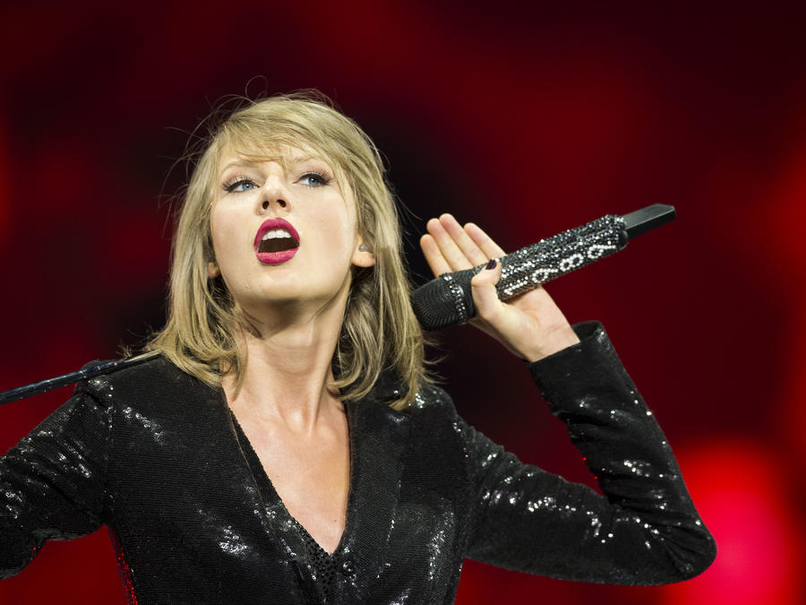 Taylor Swift The 1989 World Tour Live In Dublin