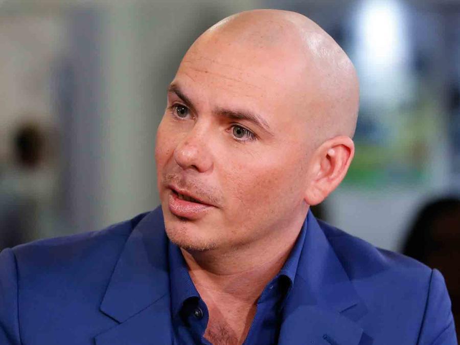 Legislador en Florida demanda a compañía de cantante Pitbull