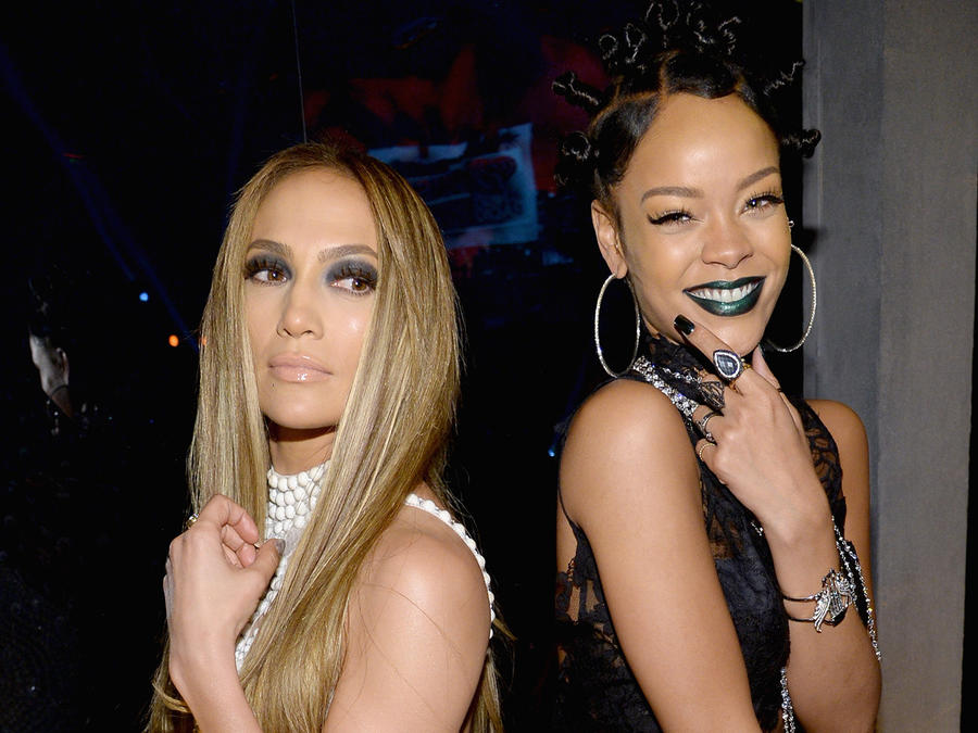 Rihanna deja de seguir a JLo