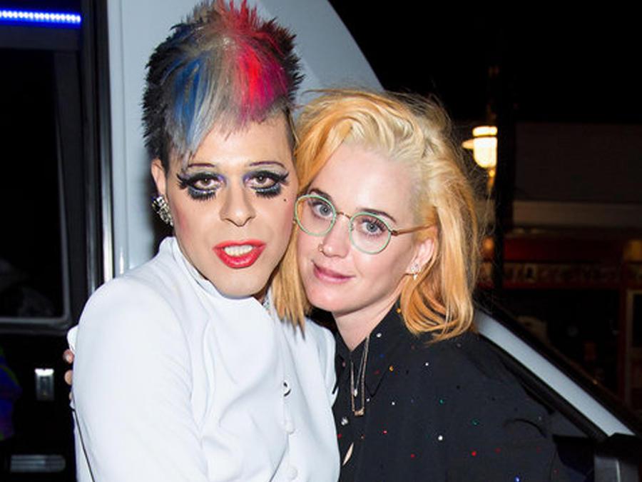 Sham Ibrahim y Katy Perry posando juntas
