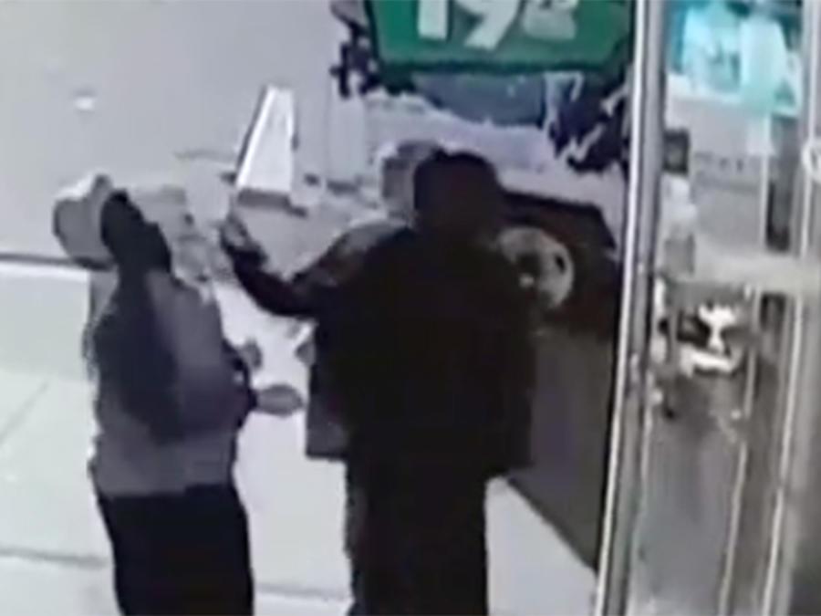 La mujer había sido sorpresivamente golpeada sin razón alguna