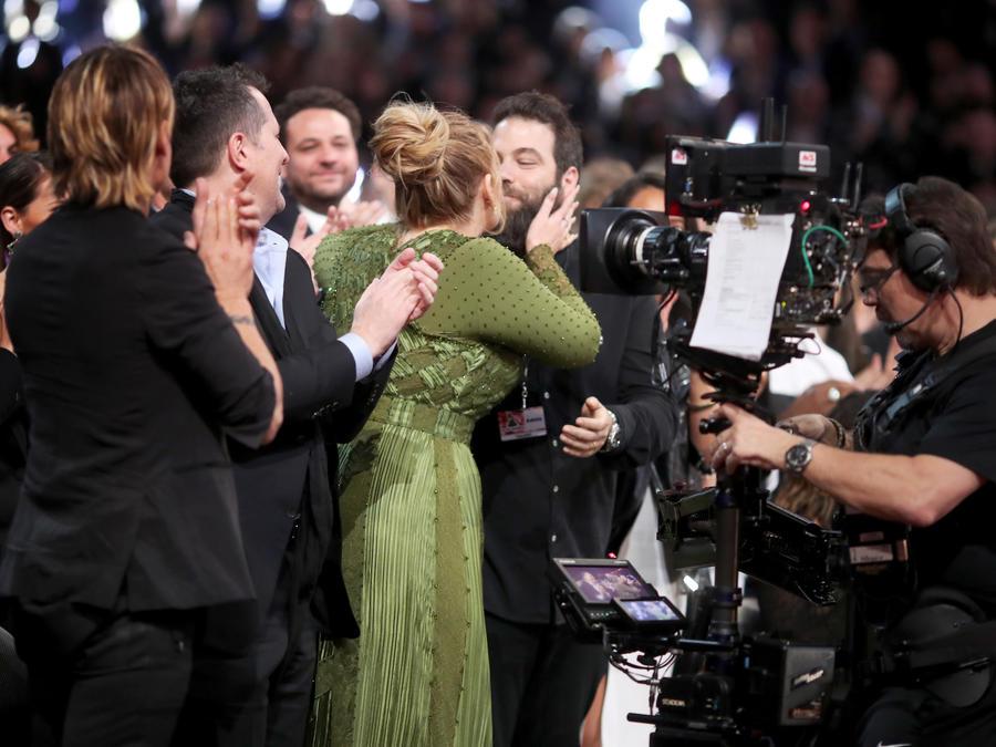 Adele y su esposo Simon Konecki