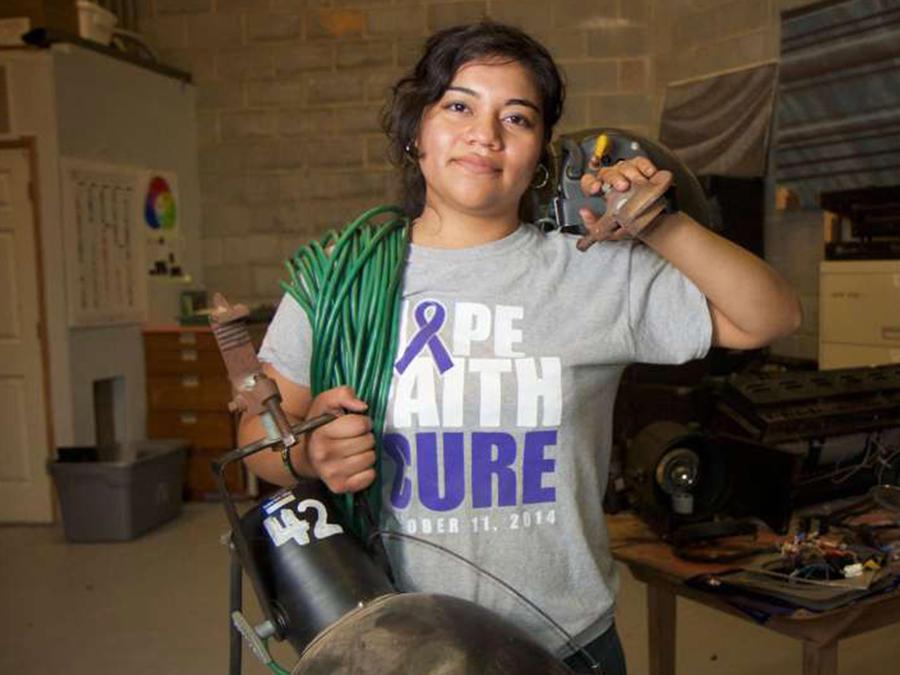 La jovencita hondureña Sthefany Flores, beneficiaria del programa de Acción Diferida conocido como DACA
