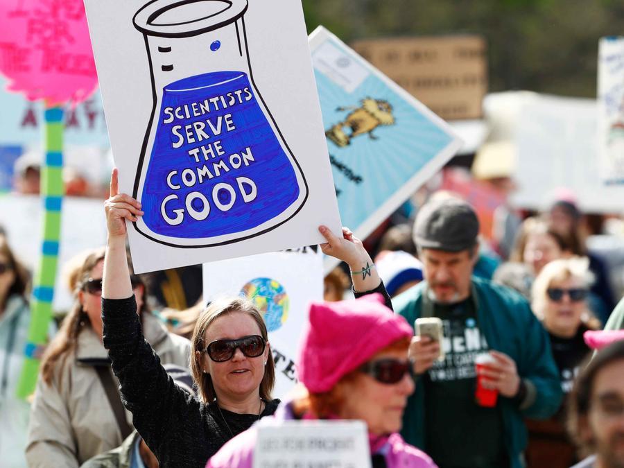 Manifestación en Denver en apoyo a la ciencia