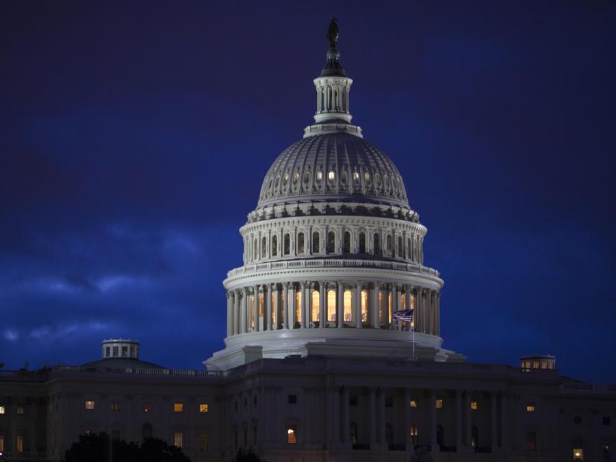 La Cámara Baja de EEUU presupuesta 1.600 millones para el muro