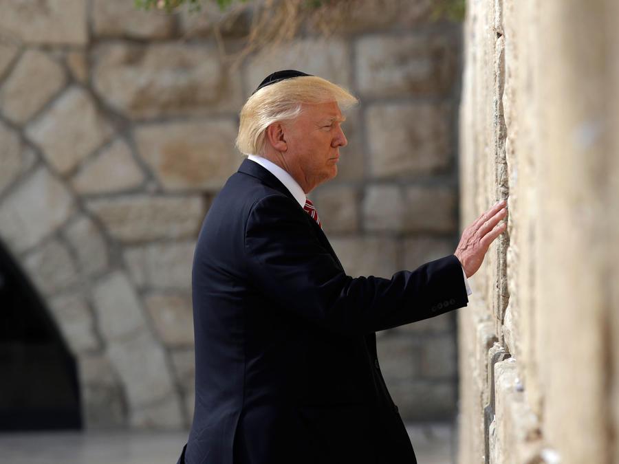 El presidente Trump visita el Muro de los Lamentos en Jerusalén el 22 de mayo