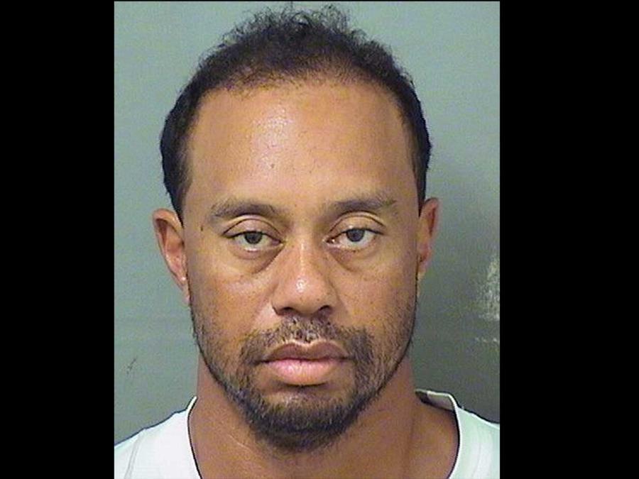 Foto de fichaje de Tiger Woods, el golfista fue arrestado en Jupiter, Florida por conducir bajo la influencia de sustancias tóxicas