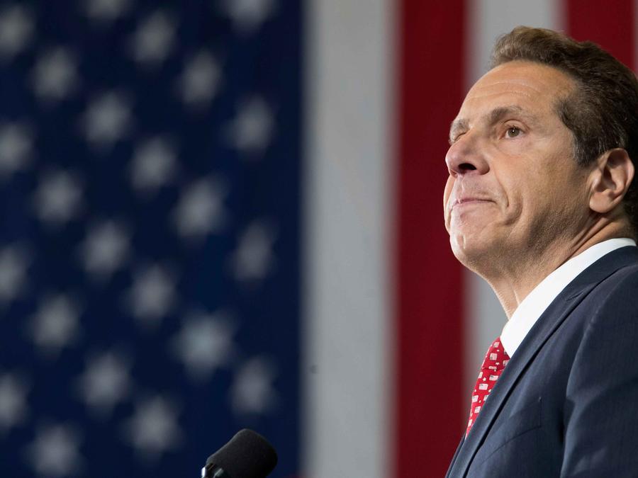 Gobernador de NY, Andrew Cuomo, en una rueda de prensa