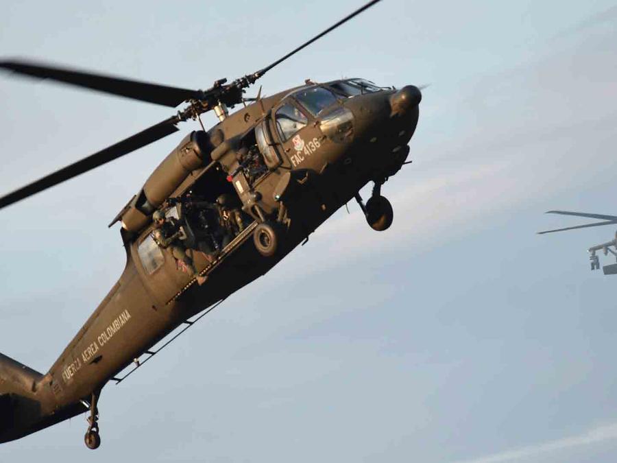 Helicóptero Fuerza Aérea Colombiana