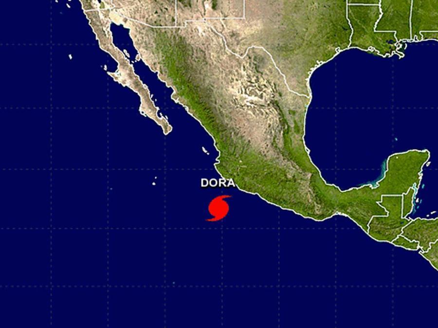 El huracán Dora en el Pacífico mexicano