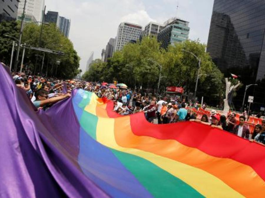 Marcha del orgullo gay en México: Foto de archivo