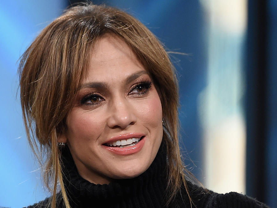 Jennifer Lopez en Build Series