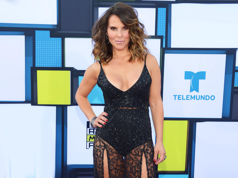 2016 Latin American Music Awards - Arrivals