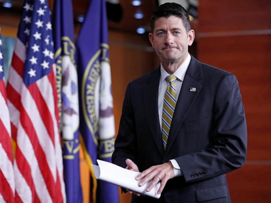 El presidente de la Cámara de Representantes Paul Ryan durante una rueda de prensa en el Capitolio en Washington, DC, este jueves 27 de julio de 2017.