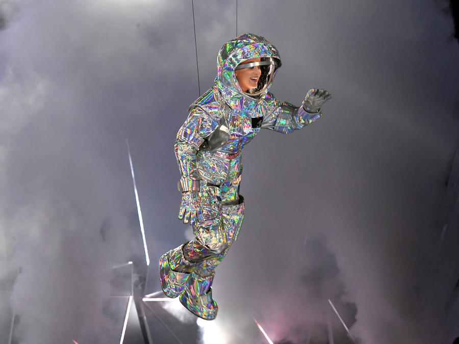 Katy Perry - 2017 MTV Video Music Awards