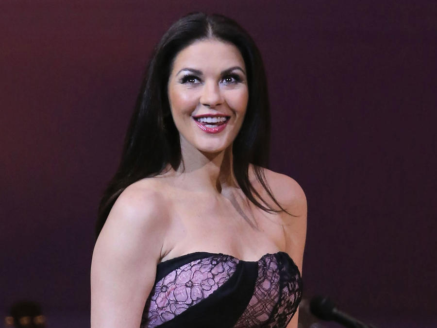 Catherine Zeta Jones se mostró al natural