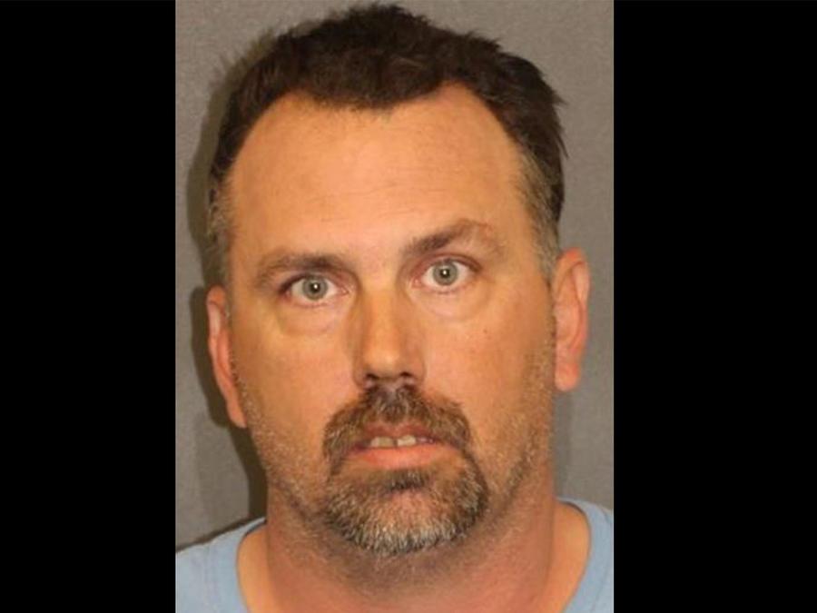 Este padre fue arrestado por la muerte de su hija