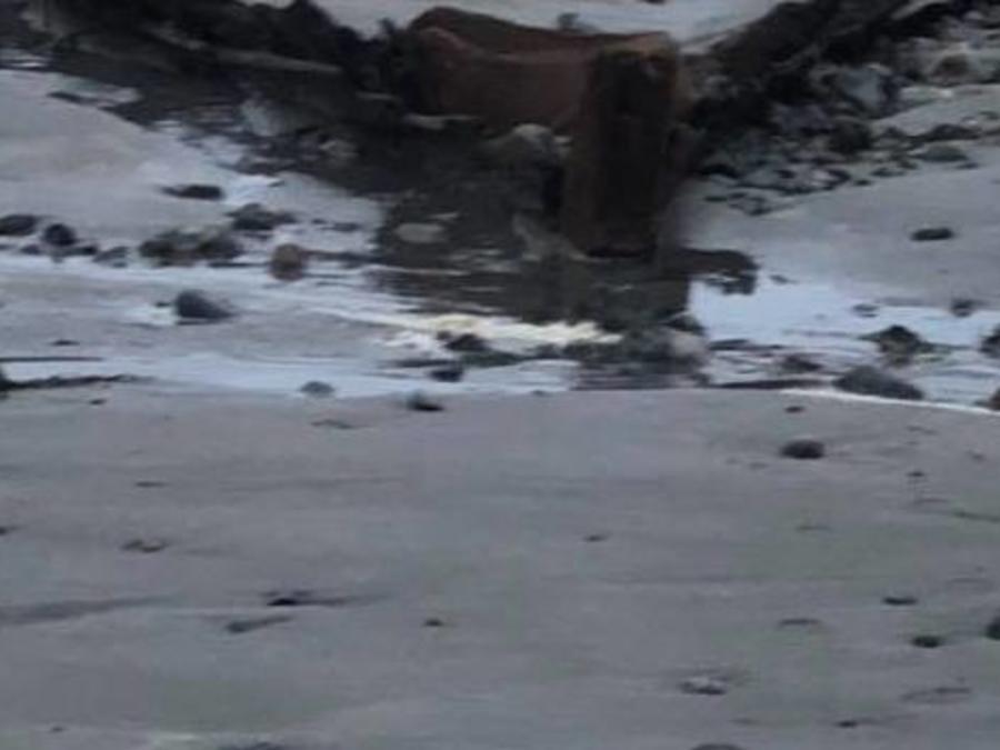 Restos del barco desenterrado en Maine.