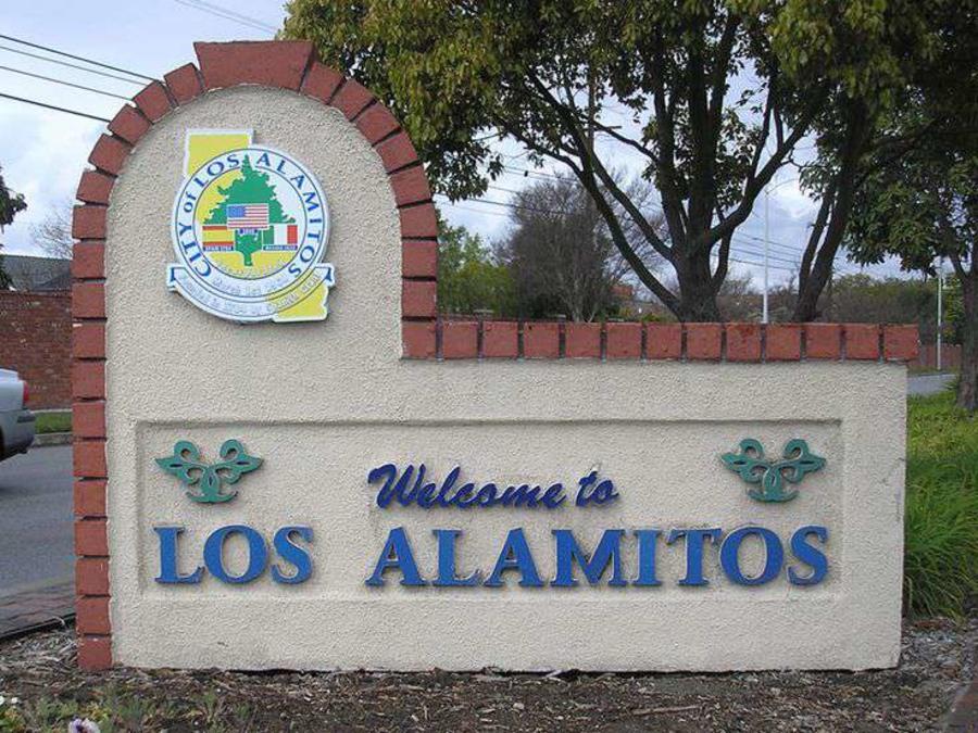 La pequeña ciudad del condado de Orange podría enfrentar demandas si aprueba la ordenanza. (web)