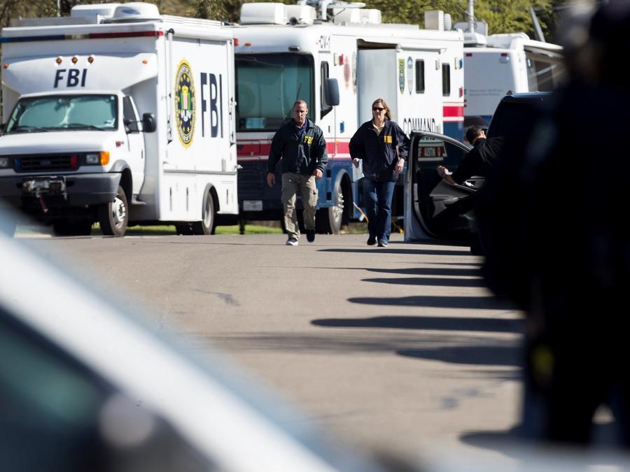 Agentes del FBI investigan el origen de una explosión en Austin, Texas (Estados Unidos), el 19 de marzo de 2018.
