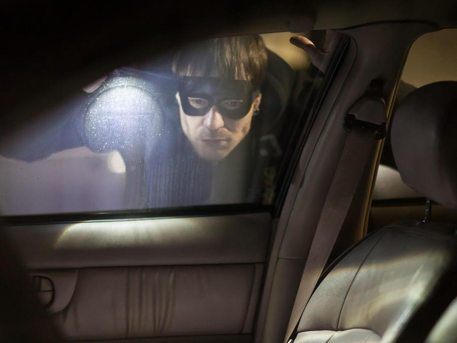 Ladrón de auto