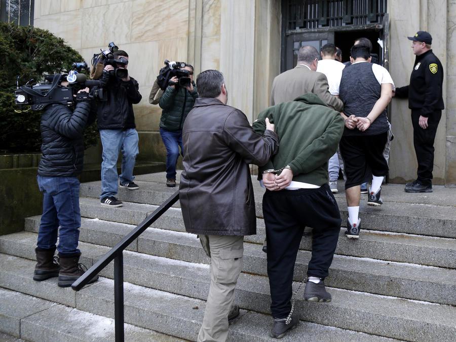 Presuntos miembros de la MS-13 detenidos en Nueva York en enero.