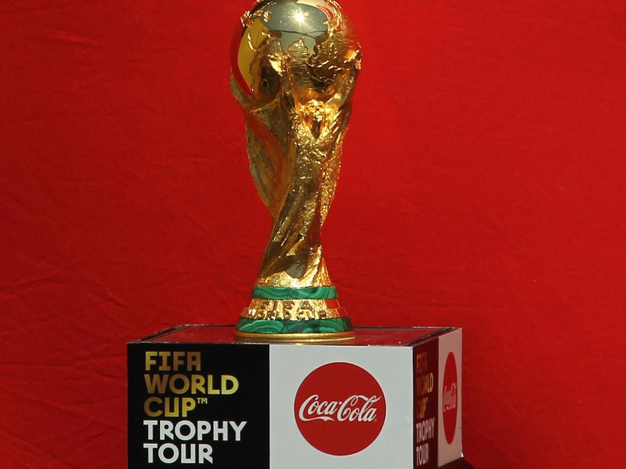"""El trofeo mundial de la FIFA """"llegó de visita"""" a la ciudad de Nueva York"""