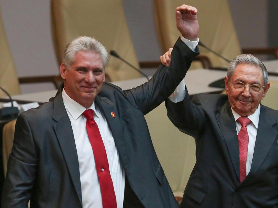 Miguel Diaz-Canel,Raul Castro