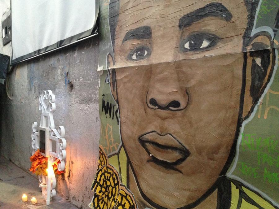 Imagen de José Antonio Elena Rodríguez en un memorial en Nogales (México).