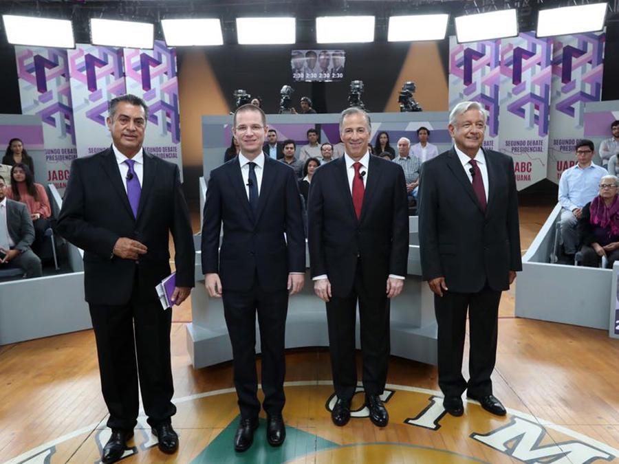 Jaime Rodríguez, Ricardo Anaya, José Antonio Meade y Andrés Manuel López Obrador, de izquierda a derechoa, hoy en el debate presidencial.