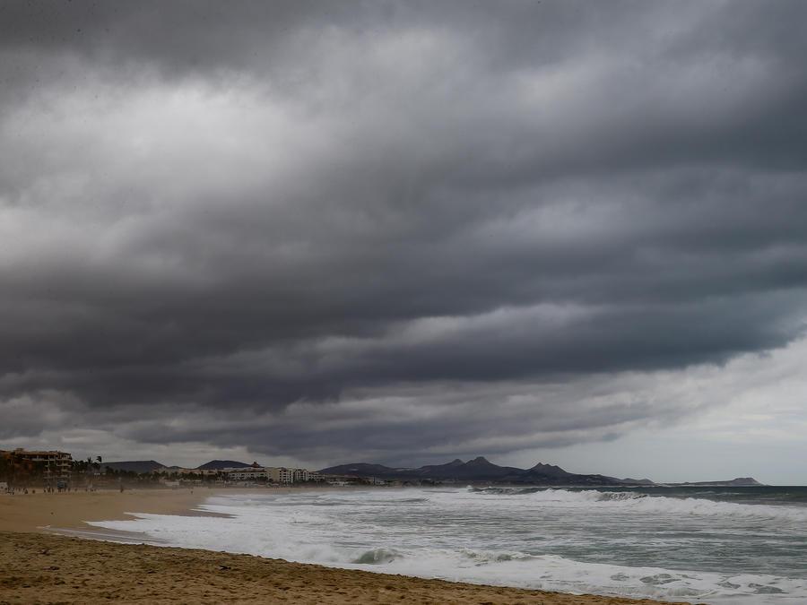La tormenta Bud genera lluvias en México mientras se acerca a tierra