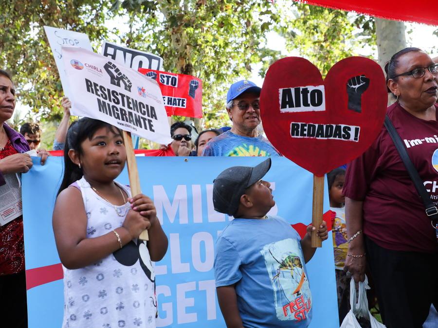 Protesta contra las separaciones familiares de inmigrantes en Los Ángeles