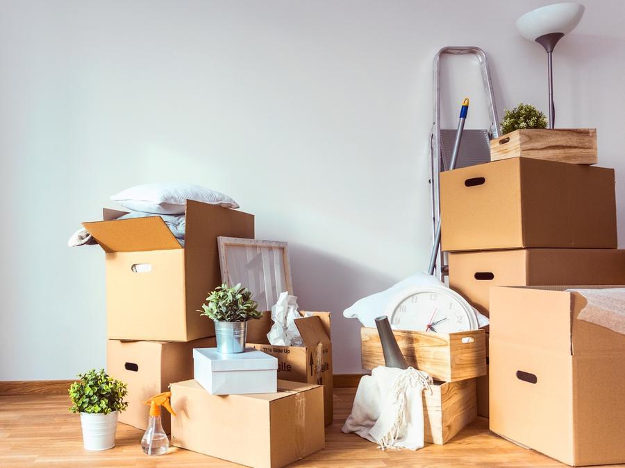 Cajas de mudanza y objetos