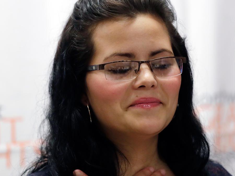 Yolany Padilla, madre hondureña de 25 años separada de su hijo de 6 años