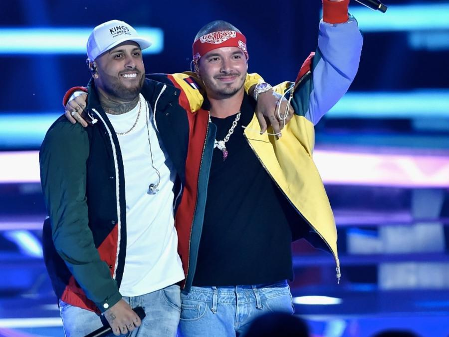 Nicky Jam and J Balvin perform together