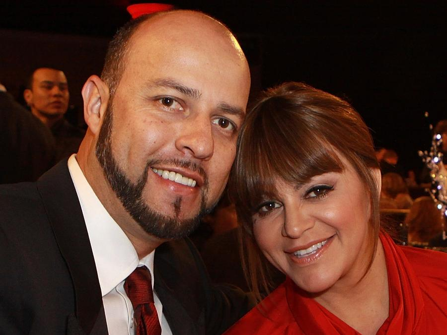 Jenni Rivera and Esteban at dinner