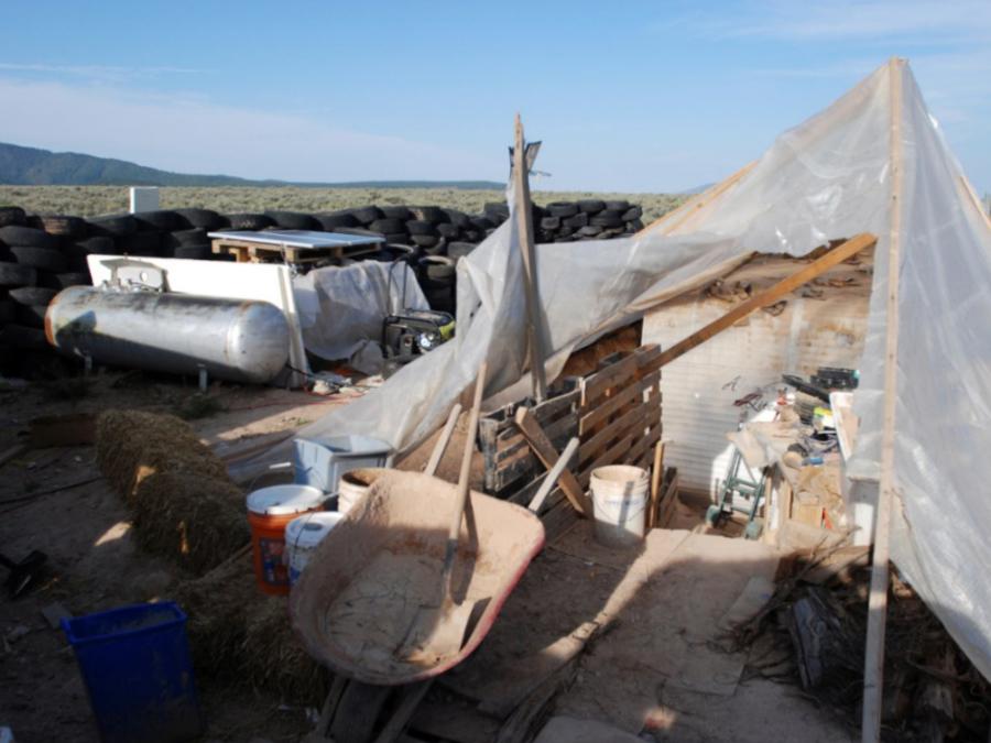 La semana pasada hallaron a 11 niños desnutridos en este campamento improvisado en Nuevo México.